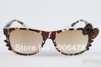 Free Shipping New Designer Glasses Brand Hello Kitty Sunglasses Women Retro Ladies Sunglasses