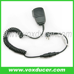 2 PIN Handheld PTT Speaker mic Microphone for Motorola walkie talkie 2 way radio(China (Mainland))