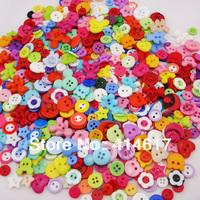 200pcs Lots mix Assort Plastic Buttons Scrapbooking Sewing Craft Appliques F647