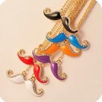 Mini Order $15 (mix order)  random color sending  role candy color necklace imitation diamond beard necklace  UN096