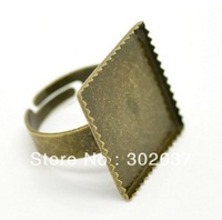 FREE SHIPPING 50PCS Antiqued Bronze 20x20mm Square Settings Ring Blanks #22534
