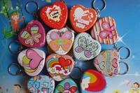 12 pcs/lot Heart Shape Metal Candy Box with Keychain Wedding Box Mini Tin ZF132