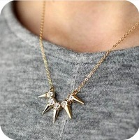 Free Shipping!Fashion Exquisite Personality Rivet Punk Tassel Short Design Female Crystal Necklace