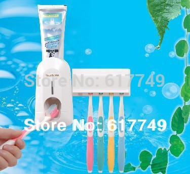 Nuevo 2014 automático dispensador de pasta de dientes cepillo de dientes titular juegos, cepillo de dientes de la familia establece la familia blanco cepillo de dientes titular de conjunto
