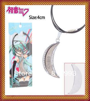 New Design Anime Hatsune Miku fashion Necklace VOCALOID crescent Pendants men women Cosplay vintage Gift
