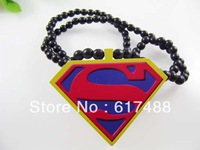 Free shipping 2013 Fashion Superman logo Pendants Goodwood Pendant Necklace Hiphop Accessories Hip-hop Wood Necklaces Jewelry