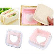 Coração portátil forma Hearted pão Sandwich torradeira Mold Mould cortador DIY ferramenta #23282(China (Mainland))