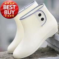 2015 NEW Fashion button Women rain boot for Ladies' rain shoes & 7 Color for choose