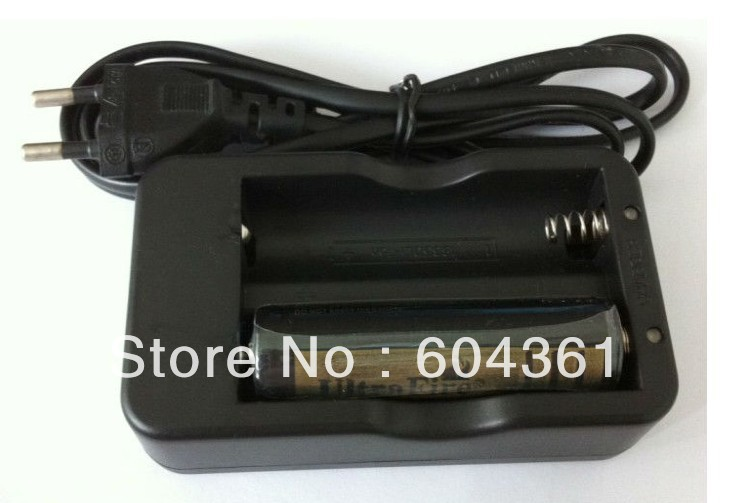 2013 Promotions New style 18650 Wired Double Battery Charger EU or US Plug for 18650 battery Fast Charging Free DHL EMS(China (Mainland))