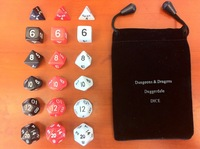 18 grains of three sets of dungeons and dragons and other tabletop Warcraft millionaire D&D special dice