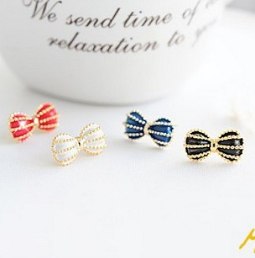 Min. order $15 (mix order) Free Shipping Fashion Retro Punk Woman Butterfly Temperament Bow Cute Earrings E153 E154 E155(China (Mainland))