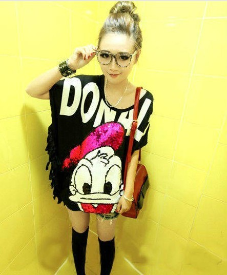 East Knitting BB-008 2013 Woman Fashion Donald Duck T-shirts Sequins Tops Tassels Dress Tops New Free Shipping(China (Mainland))