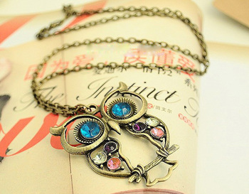 Free shipping retro color embedded drill hollow owl sweater chain