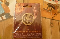 Katniss Movie The Hunger Games antique brass PIN 100 pcs  with the  original card packing