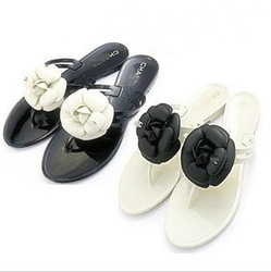 Camellia slippers summer flip flops shoes female pinch flat heel jelly shoes sandals(China (Mainland))