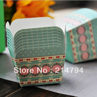Hot 200pcs Light Green Tiny Dot Rose Square Muffin Baking Paper Cups Cake Case 4.8*4.8*4.9cm Wedding Decoration Free Shipping