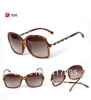 blue High-end craft carving frame Unisex Fashion Sunglasses gradient anti-UV sunglasses glasses free shipping  33