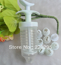 Wholesale- free shipping set of Plastic Practical Cake Decorating Icing Piping Syringe Tool + 8 Nozzles(China (Mainland))
