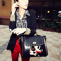 2014 New Brand Novetly Cartoon Printed Women Shoulder Bags/Punk Rivet Black Women Handbags/Designer Women Bags