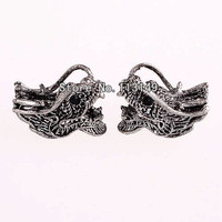 Free Shipping 2013 New Jewelry Findings Antique Silver Connector Beads Alloy Dragon Head Charms For DIY Making Bracelet OMC-022A