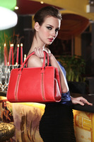 Free Shipping,2013 New Ladies Retro Shoulder Bag,100% Genuine Leather Women handbag,Fashion designer Ladies Bag B6618