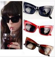 Free shipping wholesale fashion cat eye women sunglasses vintage glasses popular in 2013,only black  10pcs/lot