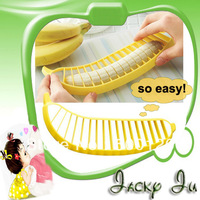 10pcs/Lot Free Shipping New Novelty Banana Cutter Plastic Banana Slicer Banana Peeler Fruit Slicer Household Goods For Kitchen