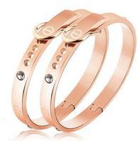 M&T New Arrival Hotselling Promotion Brand Titanium 316l Stainless Steel Belt Buckle couple Bangle Bracelet