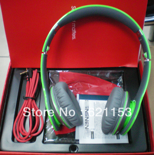 1pcs/lot DHL High Quality Foldable HD Headphone Sealed Retail Box A+ Quality 10 Colors(China (Mainland))