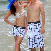 2015 Summer New Female Shorts Big Plaid White and Black Couple Beachwear Stretch Waistband Shorts the Women's Sport Shorts