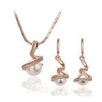 Stock Yiwu jewelry factory flash pearl earrings + necklace Jewelry Set Korean jewelry sets