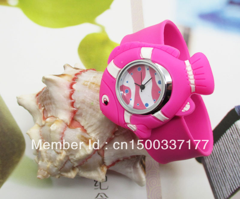 Fish shape slap watch,Quartz wrist watch,Animal shape watch for children,Silicone strap watch,Timepieces,Fashion accessories(China (Mainland))