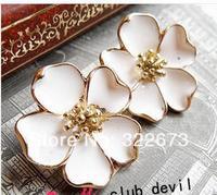 Super beautiful, white jasmine stud earrings