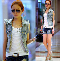 Women&#39;s Retro Washed Sleeveless Personalized Cardigan jeans Denim Vest Waistcoat Coat Jacket S,M,L free shipping 13876(China (Mainland))