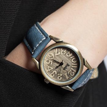 Women Student Fashion Nostalgic Retro Round Dial Big Number Wrist Watch # L05402