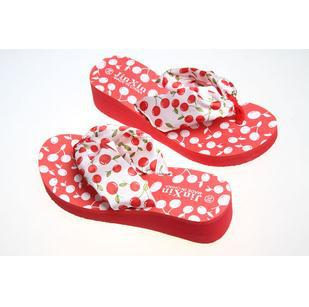 Free shipping! New arrived Summer hot selling cherry pattern ladies' wedges filp flops519611--6.44+5(China (Mainland))