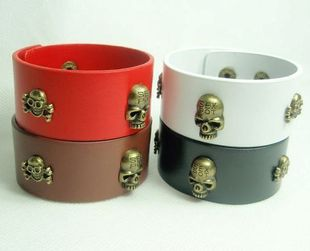 Wholesale (12PCS/LOT)Fashion Skull Head Europe PUNK style radius leather braceletFREE SHIPPING P0030(China (Mainland))