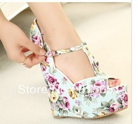 Drop shipping  flowers print 2013 new sandals for women  CN107