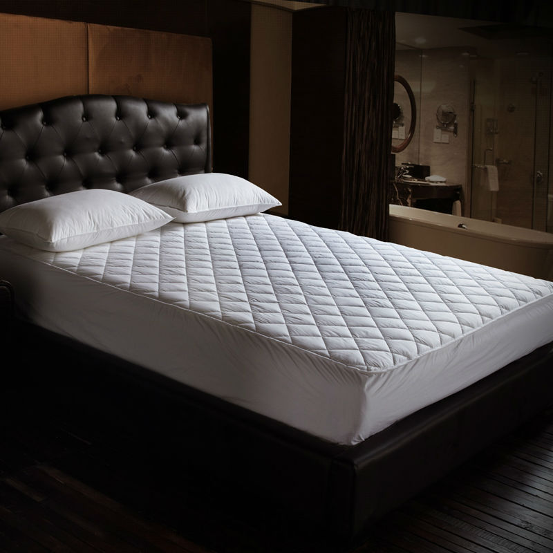 Free Shipping/Mattress Pad /Fresh Clean BedSheets /Non-slip Mattress/Size 180*200 CM/Weight:1.8kg /Protective Bed/Mattress Cover(China (Mainland))