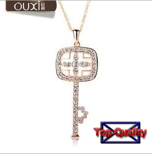 Brand Austrian crystals Pendants with 18K gold chain.The pendant is high quality Fashion jewelry locket Cameo key shape(China (Mainland))