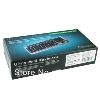 UMK-100-BT Ultra Mini 2.4GHz Wireless Bluetooth Keyboard with Touchpad