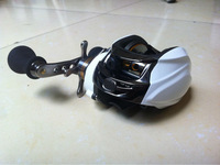 9+1BB right handle white color baitcasting fishing reel DM120RC centrifugal brake system
