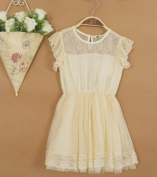 hot sell 2013 new arrival  princess  ruffle sleeve lace summer dress girls fly sleeve dress  beautiful sweet  3colors cheap