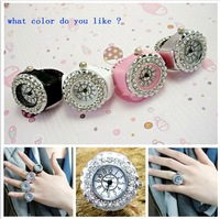 B010   2013 New  Unisex clamshell ring watch students creative gift size can be adjusted