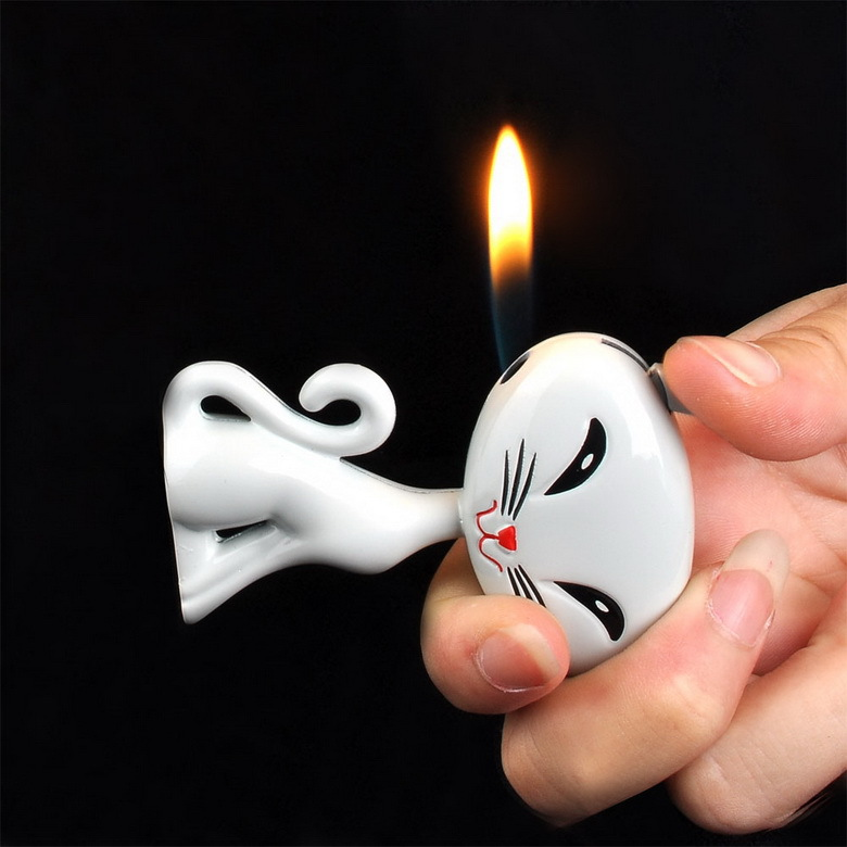 Lovely Cat Shape Butane Gas Refillable Cigarette Cigar Lighter GrayG00217(China (Mainland))