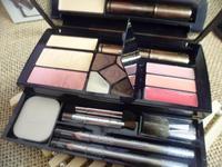 Make-up box travel suit pressed powder concealer five lip gloss eyelash to cream color eye shadow eyeliner, eyebrow pencil