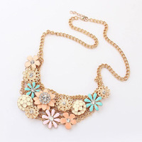 2013 Latest Autumn Fashion Jewelry Heavy Multicolor Metal Flower Rhinestone Bib Vintage Gold Chain Necklace Free Shipping 97746