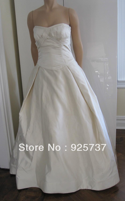 Free Shipping!2013 New arrival sweetheart straps Ivory white designer wedding dress bridal wear sample dress photo(China (Mainland))