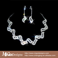Silver Plated Crystal Snake Chain Choker Necklace Jewelry Set  For Wedding Evening Party