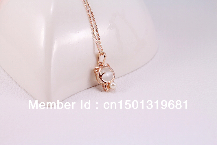 Free delivery of new cute alloy opal pearl bowknot adorable kitten short necklace girls clavicle chain(China (Mainland))